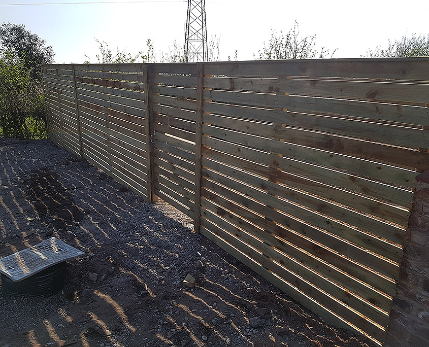 bespoke fencing for new builds 01 tatton fencing