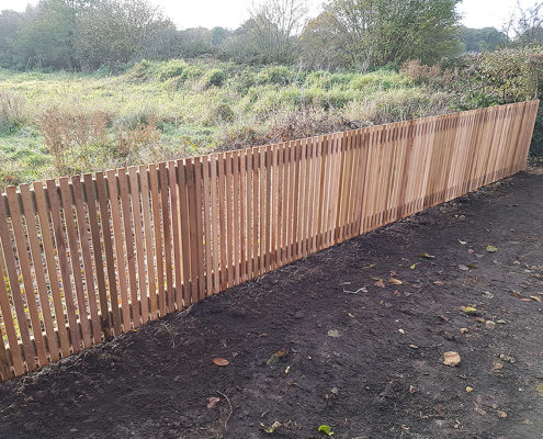 cedar pale vertical fencing 01 tatton fencing