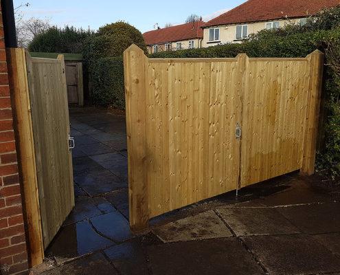 entrance gates 05 tatton fencing