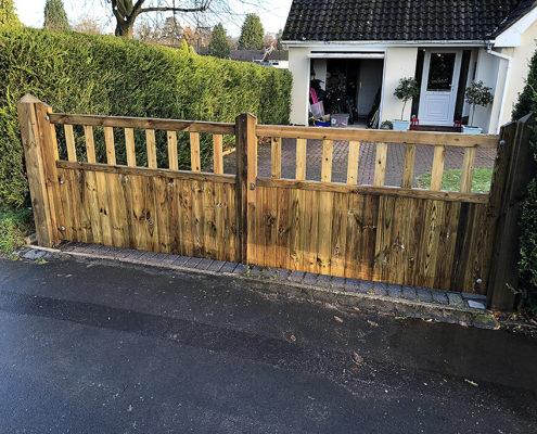 entrance gates 15 tatton fencing