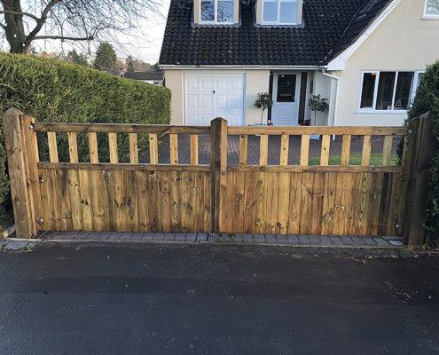 entrance gates 17 tatton fencing