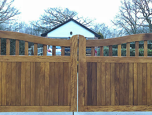 entrance gates 18 tatton fencing
