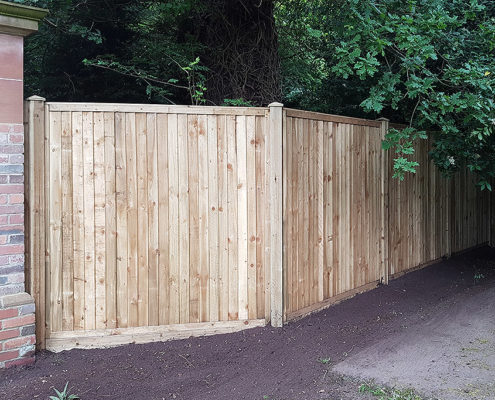 featherboard panels timber post 03 tatton fencing