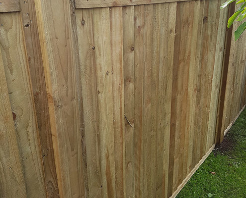featherboard panels timber post 07 tatton fencing
