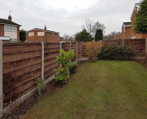 heavy waneylap panels concrete post and panel 01 tatton fencing