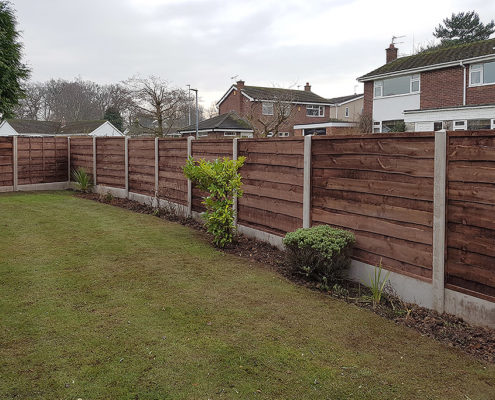 heavy waneylap panels concrete post and panel 03 tatton fencing