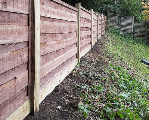 heavy waneylap panels timber post 03 tatton fencing