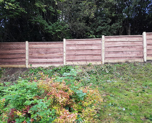 heavy waneylap panels timber post 04 tatton fencing