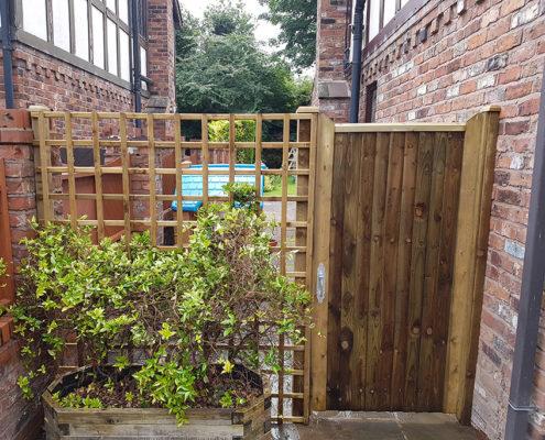 side gates 22 tatton fencing