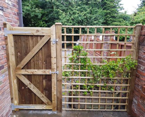 side gates 23 tatton fencing