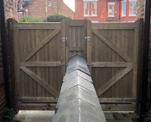 side gates 25 tatton fencing