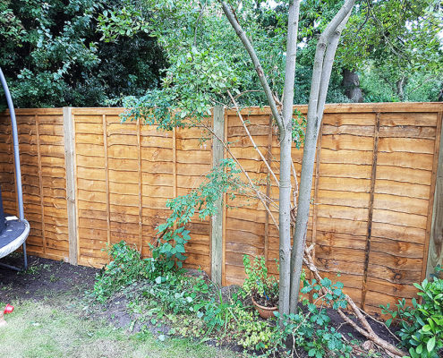 standard waneylap panels timber post 01 tatton fencing