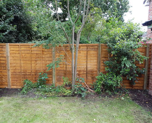 standard waneylap panels timber post 02 tatton fencing